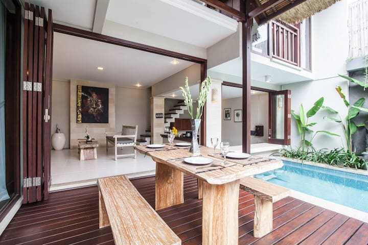 Homey 2BR Villa in Seminyak Best Location