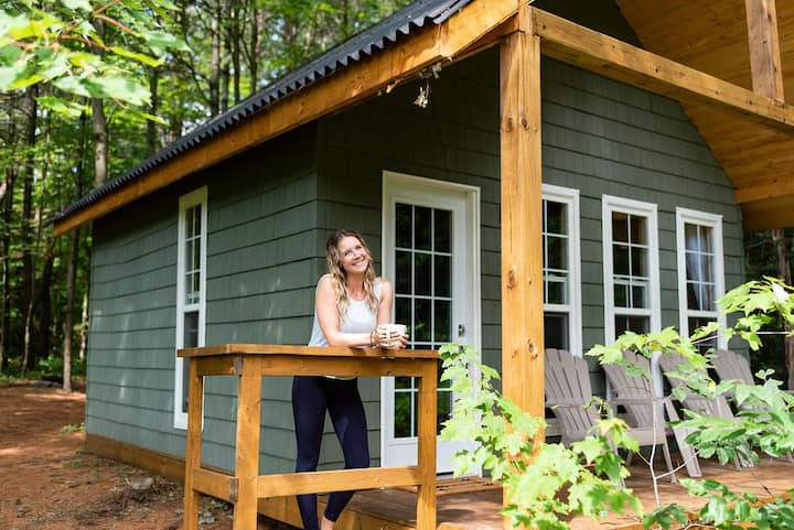 Muskoka Glamping with Bunk Beds