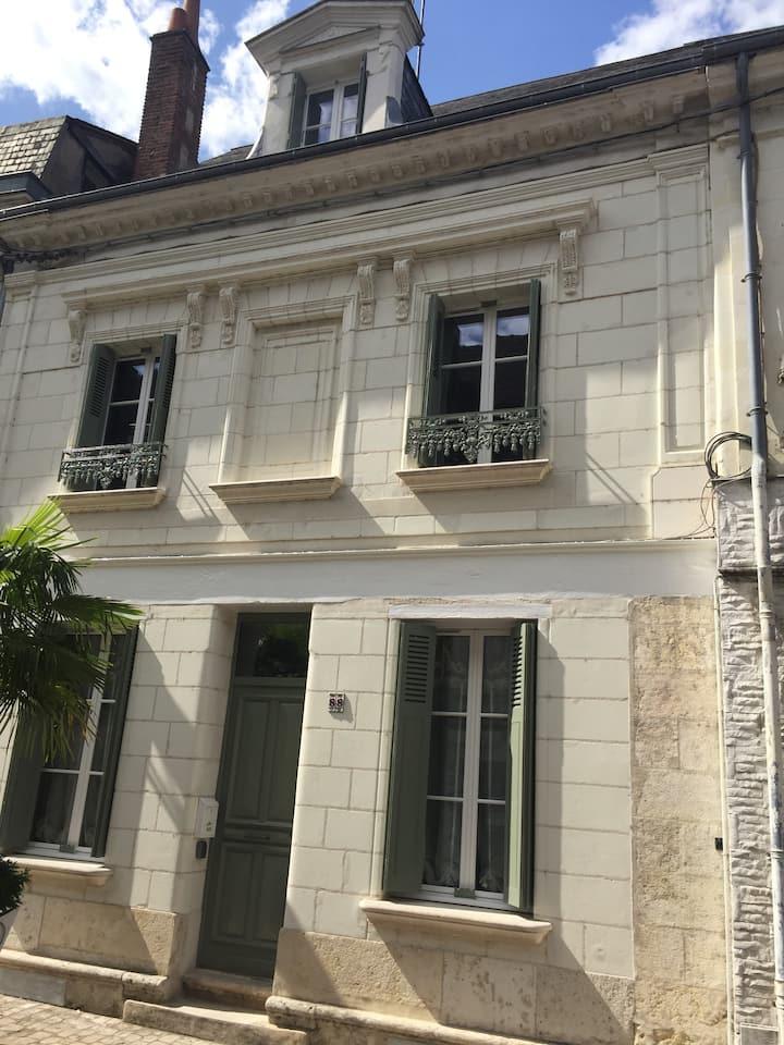 Amboise 88 Rue Nationale