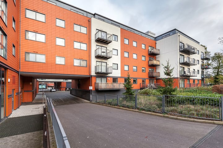 One bedroom luxury  serviced apartment in Epsom