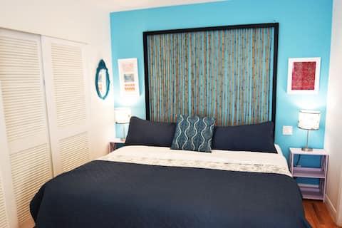 Malibu Beachfront Paradise  OceanView Apartment C.