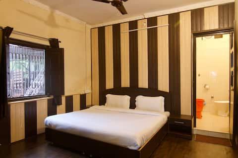 Samskara & Samsara, Lansdowne Private Room