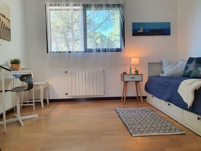 Dormitorio Z, ámplio, luminoso