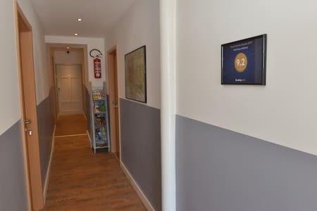 Platus svečių įėjimas