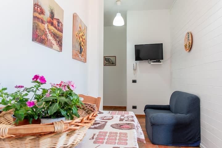 Appartamento in residence 150 mt dal mare wifi  DC