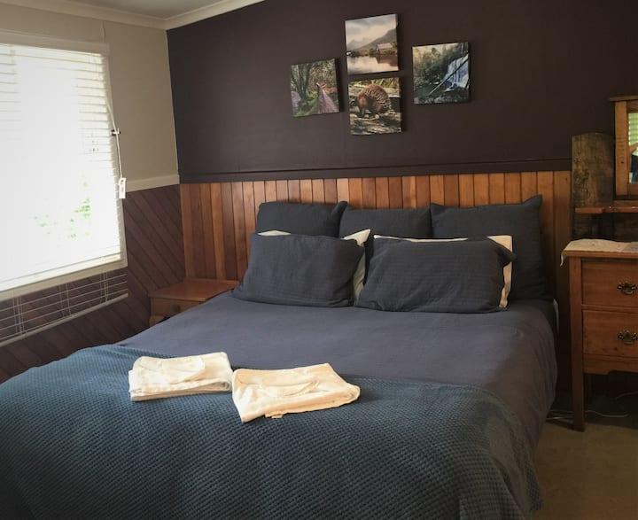 Cradle Mt Area- Private Room #1