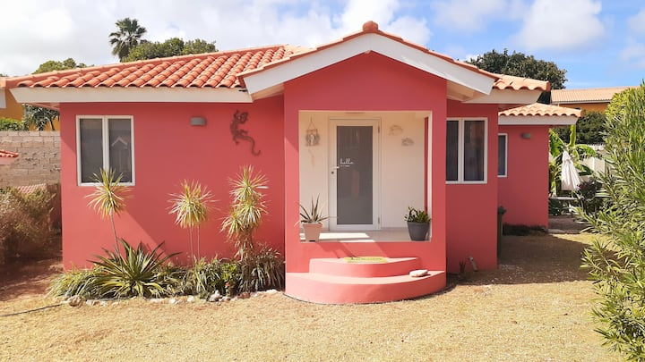 Cute Tropical House  in the North East side of CUR