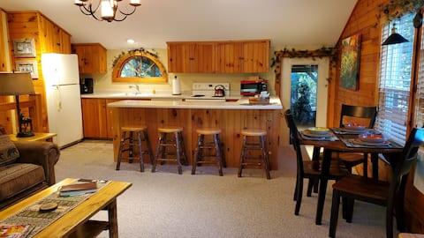 Pine View, a Maine Retreat!