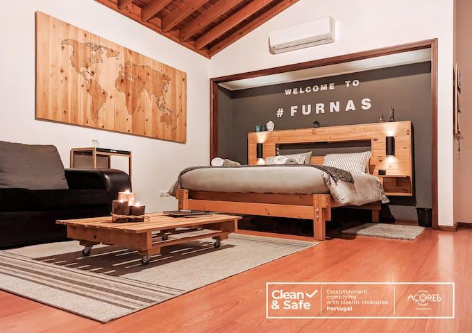 Cozy Elegant Studio · Furnas Valley