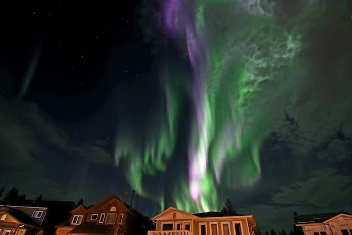 Yukon Home... family-style 育空民宿和旅游公司