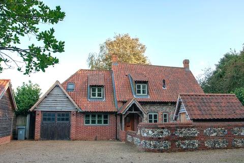 Norfolk Village Flint Cottage