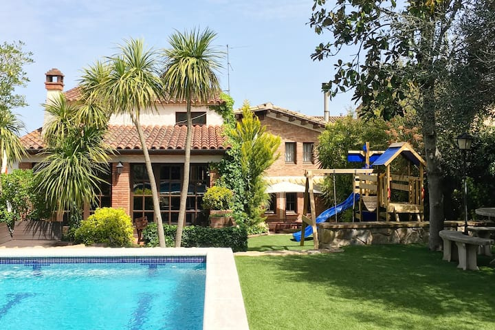 playground and pool. Can Teula-CostaBrava