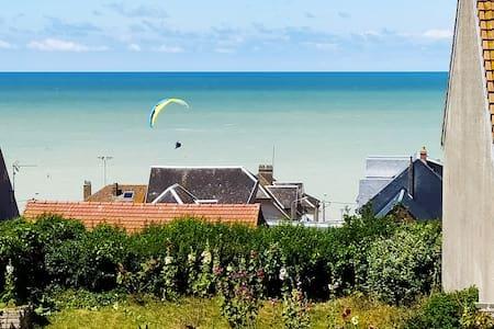 Le Clapotis de l'Ô, calme et balcon sur la mer