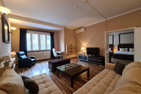 City Central Apartment -120 m2 -Free parking