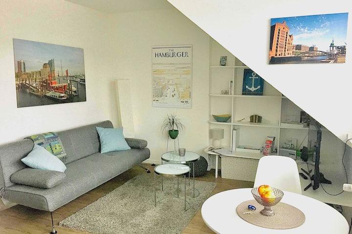 Apartm. Eilbek U1 (Hbf 4 St.)X22/16/zentral, ruhig