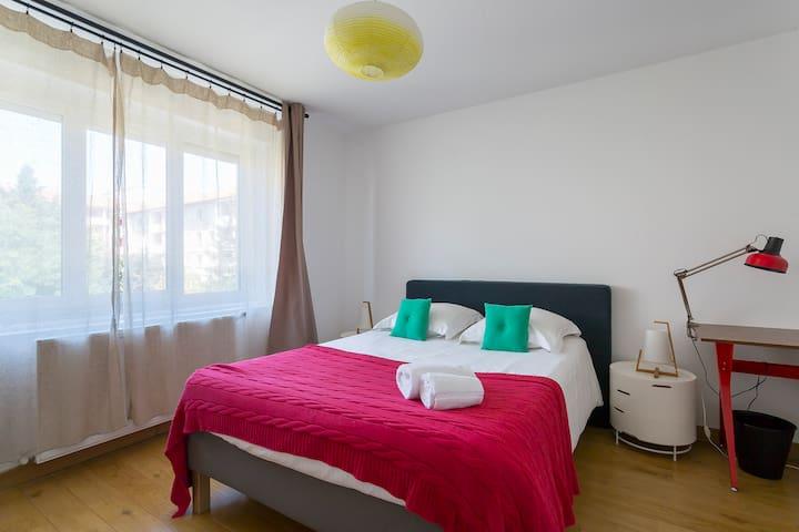 Chambre SIRIUS - CHB#8 - 2eme étage - Lit 140*200