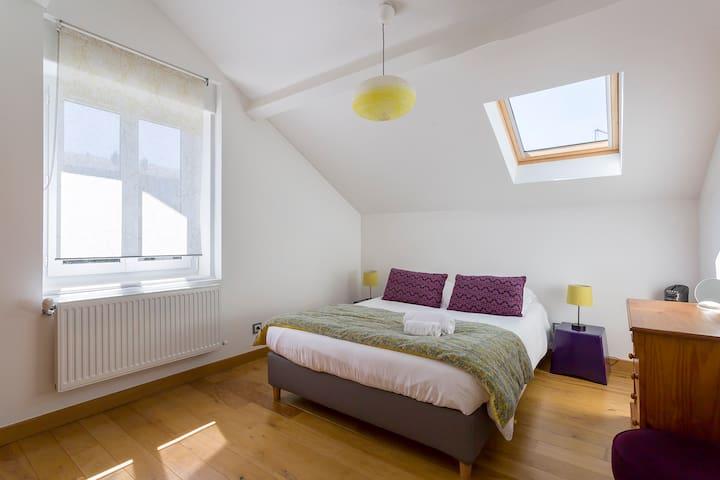 Chambre VEGA - CHB#10 - 2eme étage - Lit 140*200