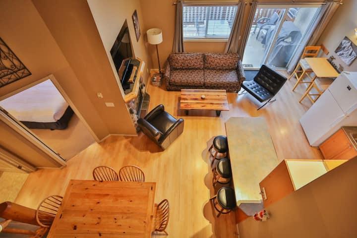 Beautiful, clean 2 bedroom condo with loft.