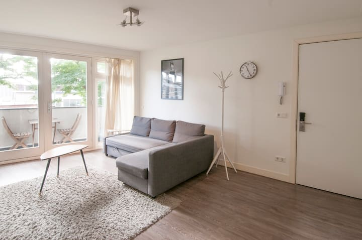 Fully equipped &comfortable Utrecht city apartment