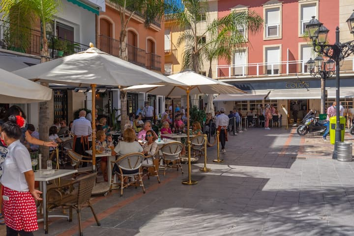 ★Central Getaway★ Old Town Fuengirola WIFI