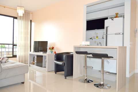 Apartamento simples, completo e funcional