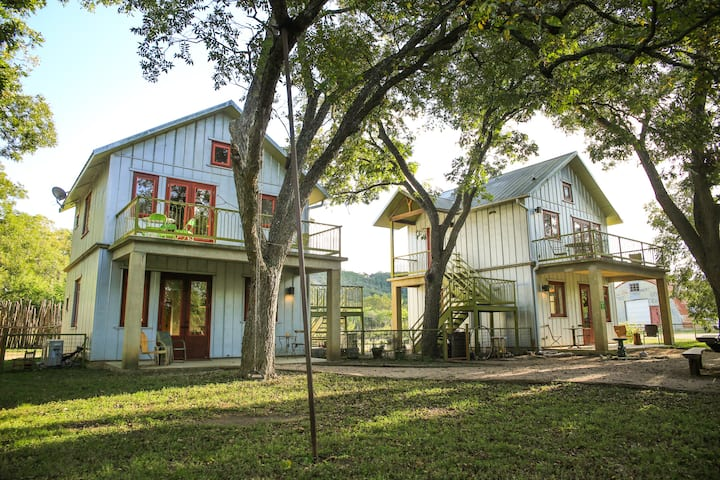 Scenic Escape to Montesino Ranch (river access!)