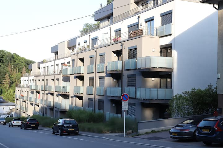 Flat 5-LUXEMBOURG CITY-ROLLINGERGRUND with garage