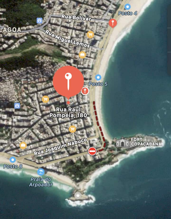 Close to Ipanema, Gay friendly