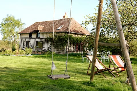 La Blanchetière, charming cottage in Normandy