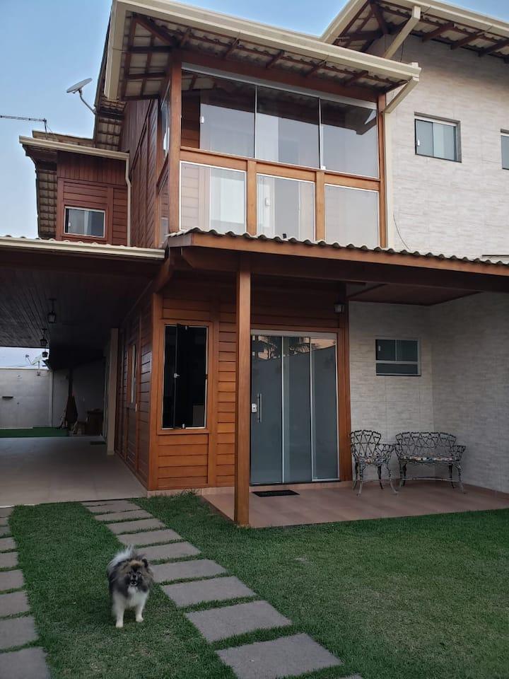 Linda casa, na Quadra do Mar -Praia de Castelhanos