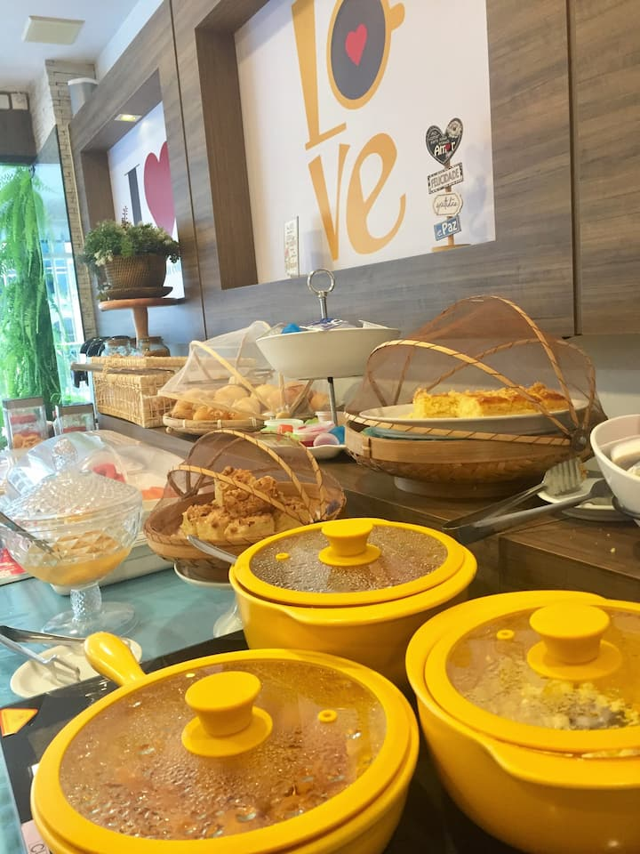 Apto Queen + Café - Pousada Villa Atlântica