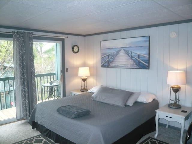 Lake View, Skiing, Tubing, Golf, Dining,
