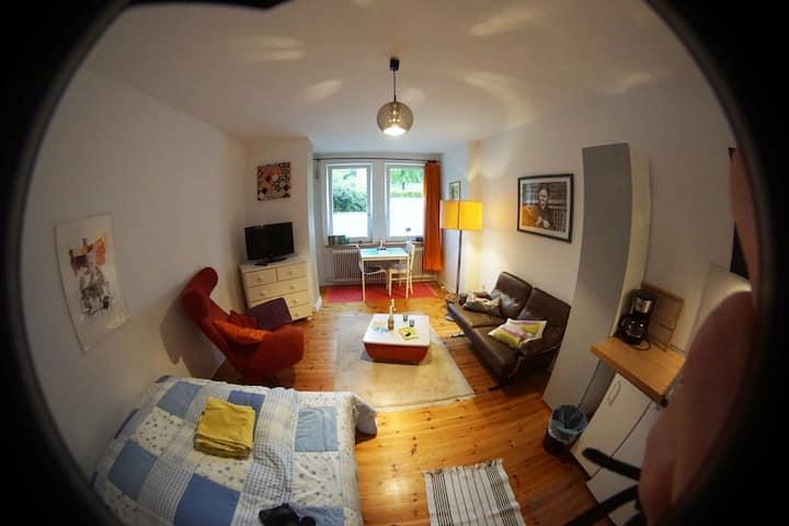 1-Zi. Appartement Ostsee/Uninähe (Mitnutzung Bad)