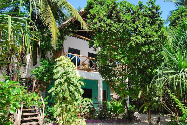 Upstair Double Bungalow @ East coast Zanzibar [16]