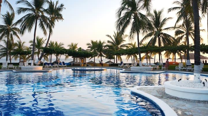 "Fantastic ""Casa Lagartijas Villa 47"" Playa Iguana"