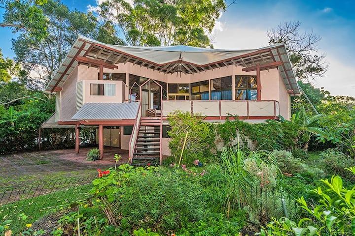 Studio @ Raja Beach House- serenity plus Byron Bay