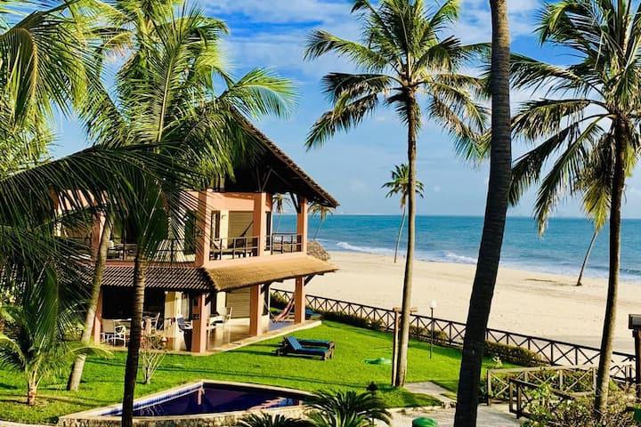 BEACH FRONT  apartment in Dream Beach