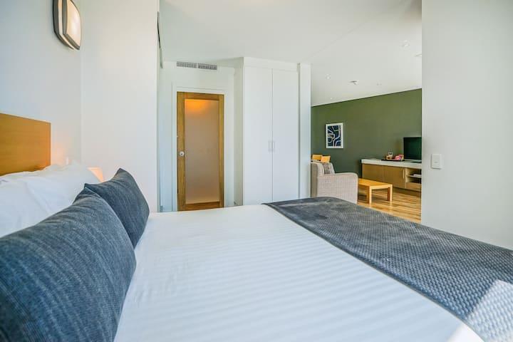 Multi-Award Winning Luxury Executive Apartment