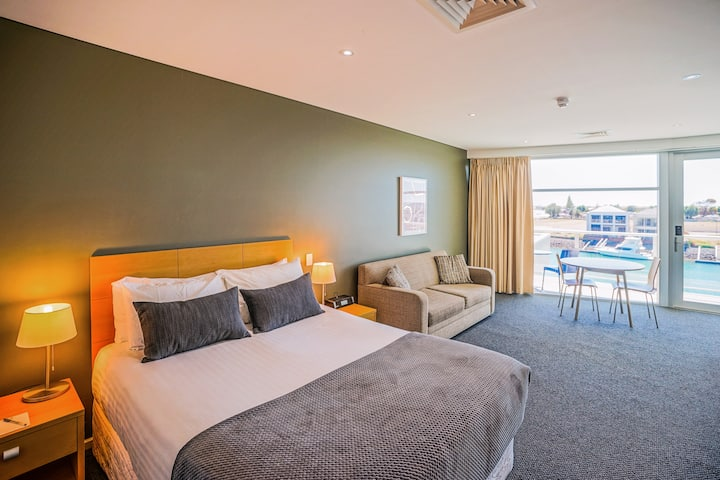 Multi-Award Winning Luxury Studio Suite Apartment