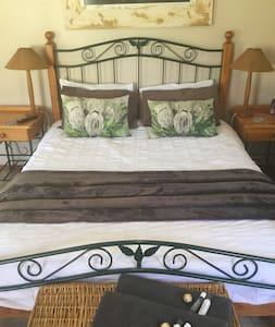 Aspen Guest Room