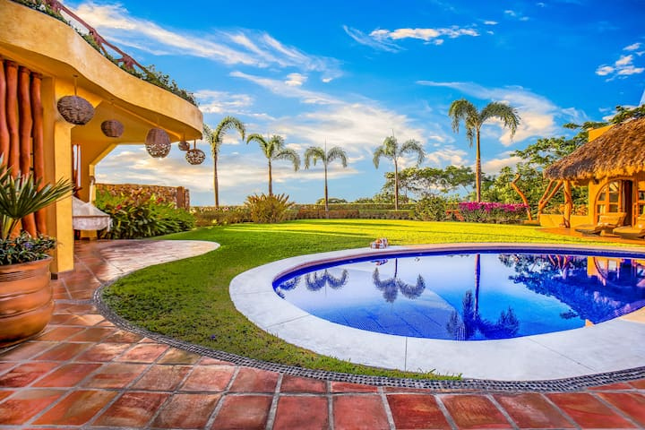 Villa Boda - Luxury Villa, Ocean view, Chef option