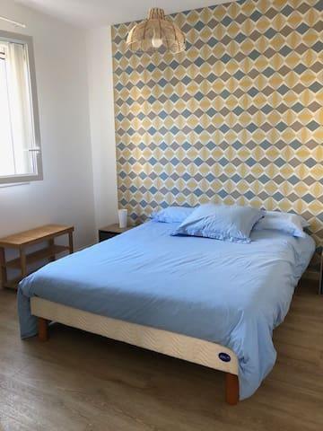 chambre 1 de 11 m2 - lit de 140cm