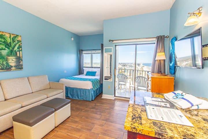 Top Floor Ocean View Studio Suite! Palace 2306