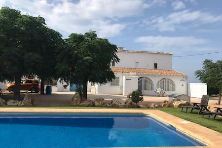 Villa Tia Rosa, with private pool