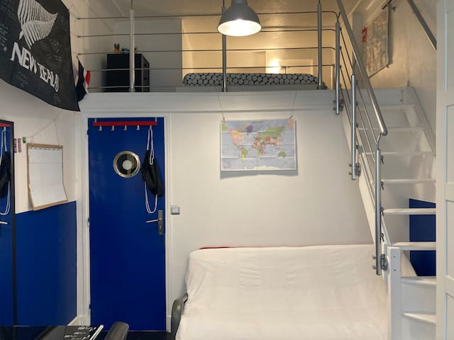 First bedroom with mezzanine