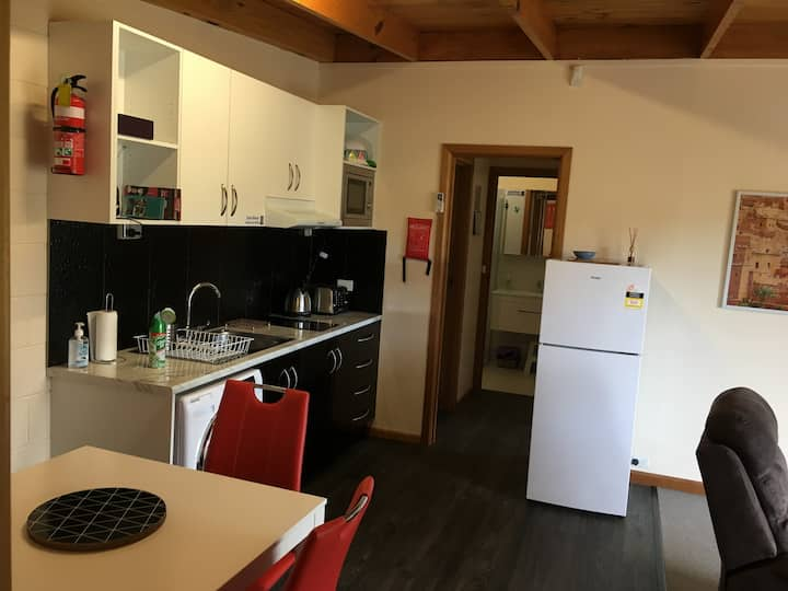Unit 2 (two bedroom) Dodges Ferry Holiday Rentals