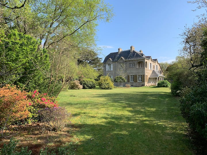 Fantastic Manor-House in Britanny