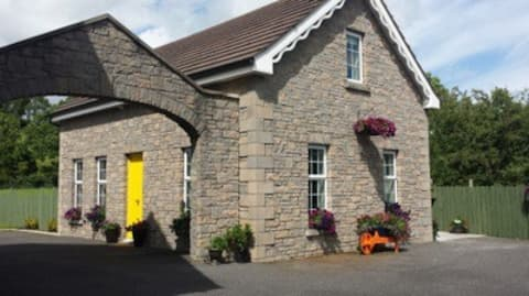 Donagh Lodge Self catering accommodation