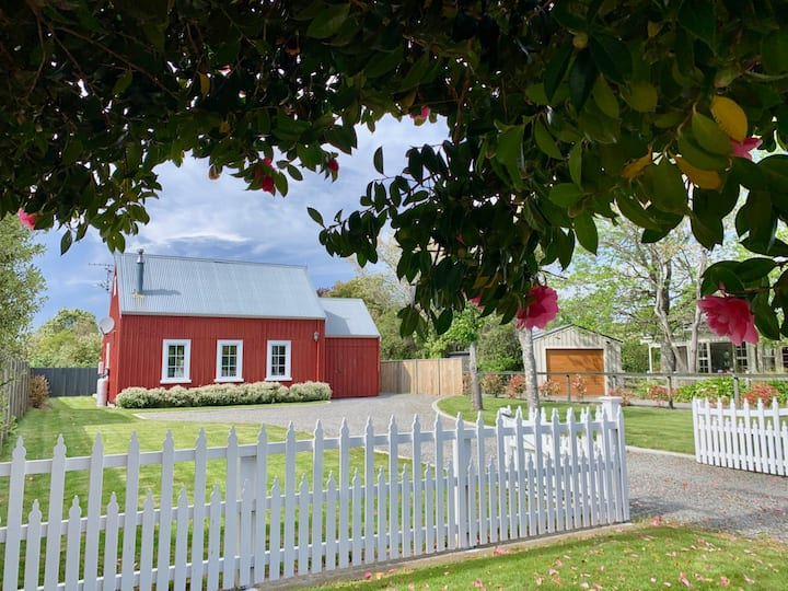 Cosy Character Cottage in Greytown