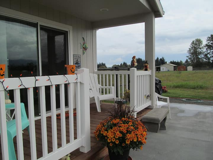 Olympic Trail Cottage - Mountain View - Peaceful